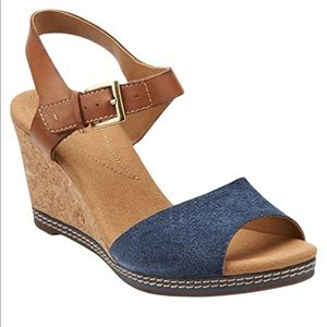 Clarks leather/cork wedges